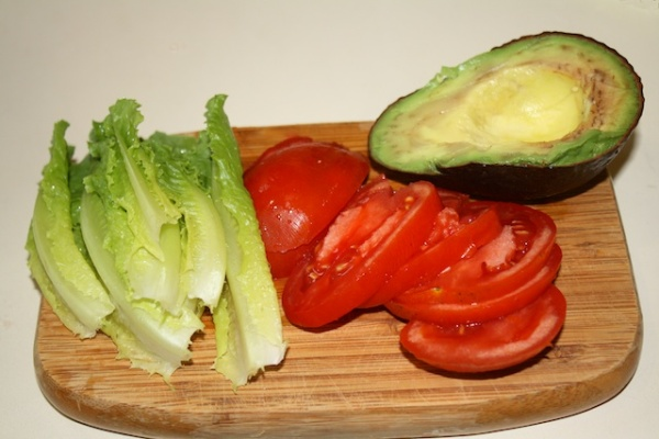 Vegan BLT & Avocado ingredients